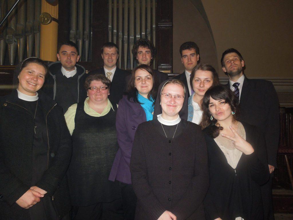 Sine nomine, Sine nomine Ružomberok, Ružomberok, spev, liturgická hudba, sestra Rudolfa Balážecová